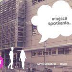 budynek biblioteki przycisk start i dwie narsyowane postaci chłopaka i dziewczyny przy wejściu, w chmurze napis miejsce spotkania